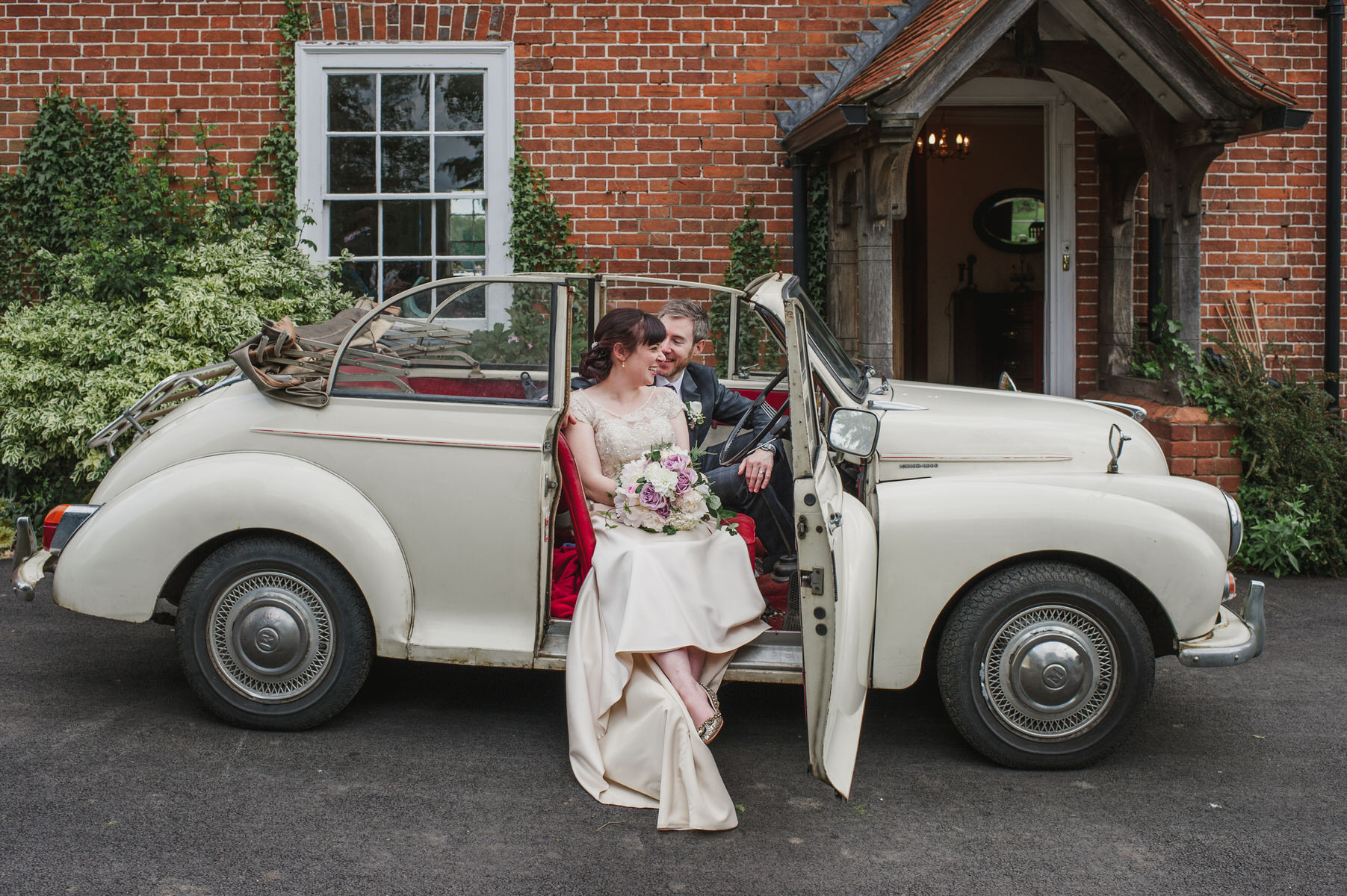 vintage car Herons Farm wedding