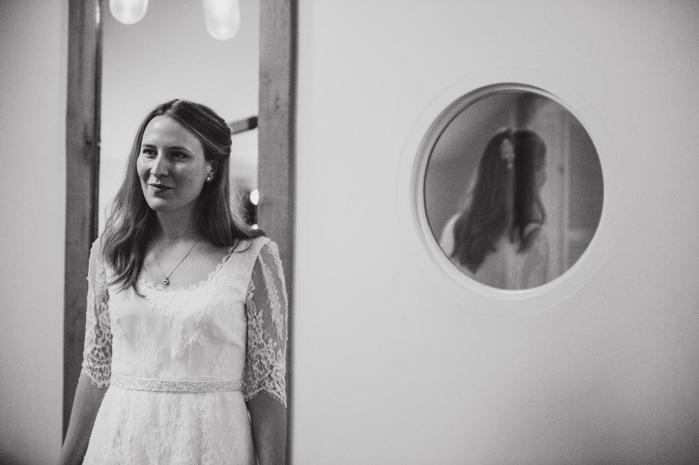 Millbridge Court Wedding bride getting ready