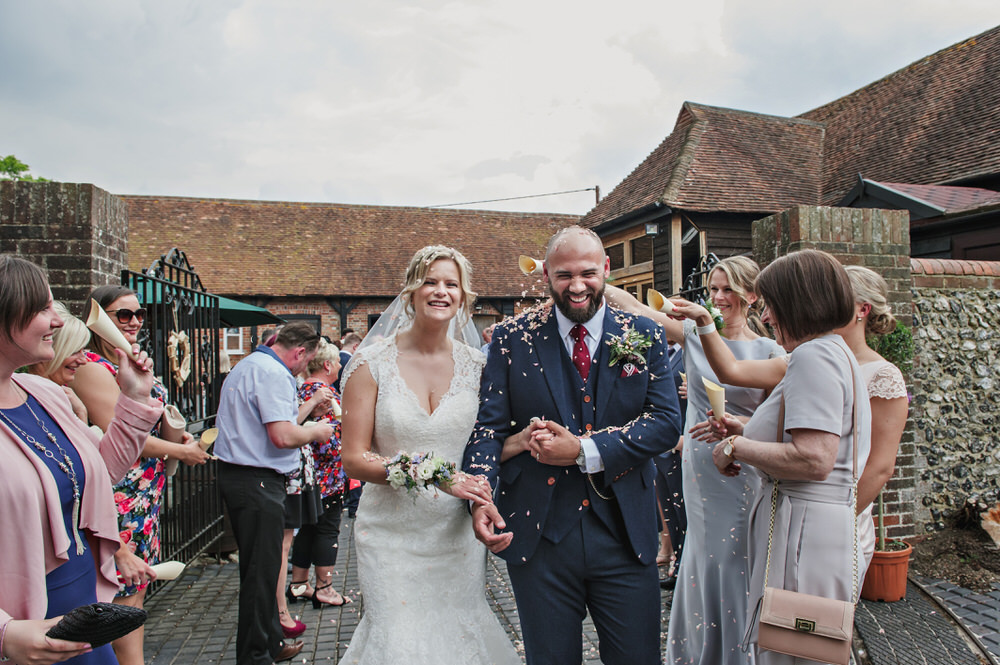 Herons Farm Barn wedding confetti