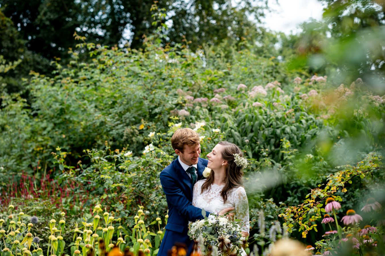 wedding at Pembroke Lodge Karen Flower Photography